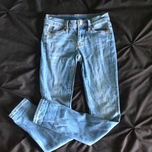Light wash BDG mid rise skinny jeans
